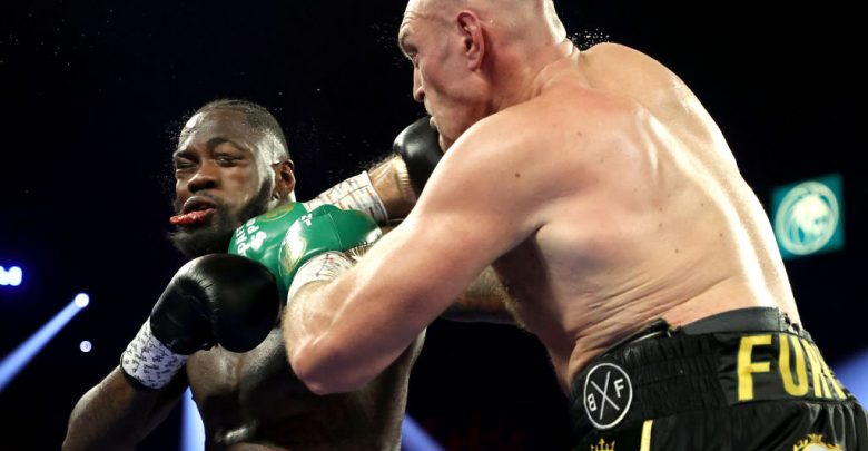 Tyson Fury defeats Deontay Wilder, clinches WBC heavyweight title